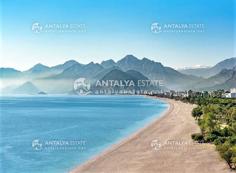 Konyaalti seashores and environment