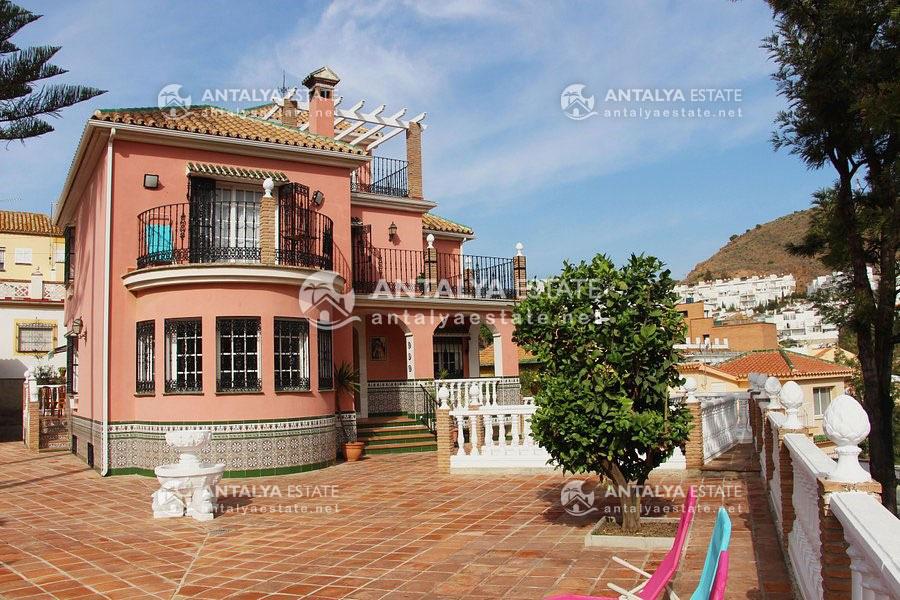 villa in Malaga Spain